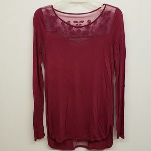 Like New! Wine Red Top w/ Floral Lace Detail